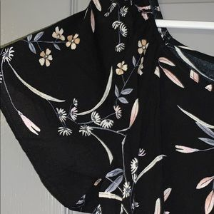 Free Kisses Tops - NWOT Black and floral front-tie top